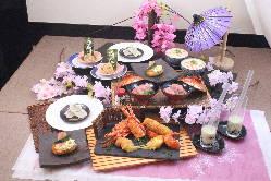 季節の野菜や贅沢食材を使ったオリジナルコース!