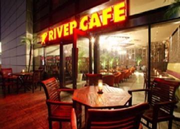 洋食グリル なんば湊町リバーカフェ