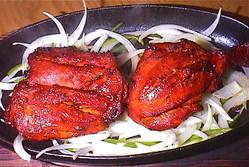 インド料理の人気メニュー タンドリーチキン ビールに最高
