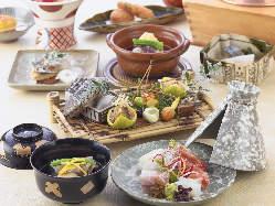 目でも楽しませる繊細な日本料理をお楽しみください。