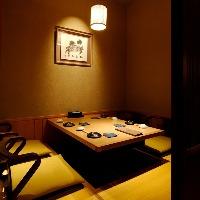 少し照明を落として・・・ 静かな、寛ぎの個室空間