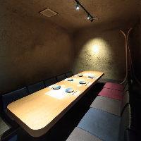 中庭奥にある洞窟の様な掘り炬燵個室 最大10名様個室