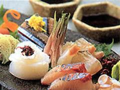 お魚をはじめとした厳選した旬の食材をお楽しみください♪