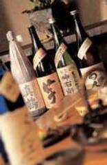 焼酎・地酒も数多く取り揃えております。お気に入りの逸品を!
