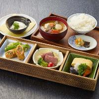 【里山満喫昼膳】ヤマトポークと大和なでしこ卵の出汁巻き、他