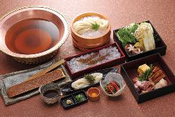 お食事あとには和洋甘味もどうぞ。