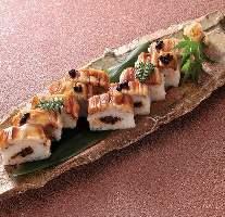 お寿司、丼ものも充実しております。