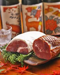 【ジビエ】 鹿や猪など、奈良の新鮮なジビエも串料理に
