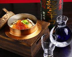 【釜めし】 1合または0.5合が選べます。日本酒との相性も◎