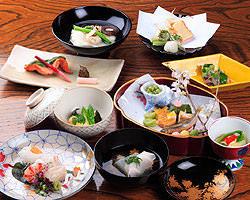 会席料理(3000円~10000円) 歓送迎会 お食事会に好評です