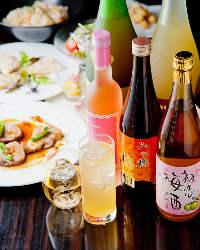 <豊富な梅酒> PLUMが厳選する100種の梅酒をお楽しみください