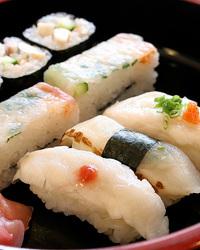名物;ふぐのにぎり盛り合わせ ふぐのお寿司がレアです!