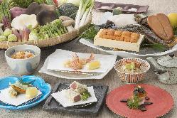 花伝ならではの創作天ぷらコースです。予約制となっております。