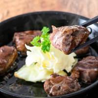 肉料理も充実!!仙台風牛タンの炙り焼き♪