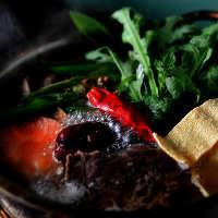 体の芯からあたたまる、大人気の「肉吸い(薬膳牛スープ)」