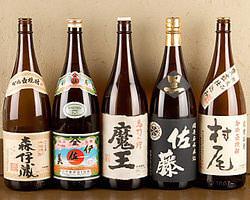 地酒や焼酎も豊富に取り揃えております。