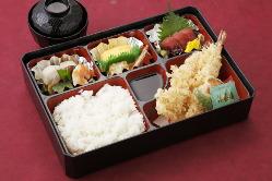 花鹿弁当 1620円