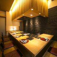 鉄板のあるお座敷個室。(4~8名様まで) ご予約はお早めに!