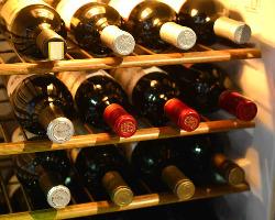 スペインワイン中心に豊富にご用意しております
