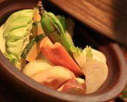 地元で取れた新鮮な野菜や 食材を使用♪