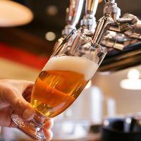 熱々の料理と楽しみたいクラフトビールは飲み比べも可能