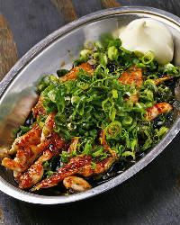 <鉄板焼き料理> 肉、野菜、魚介を使った鉄板料理も豊富です