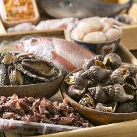 全国各地から仕入れる上質な魚介から、厳選に厳選を重ねて提供