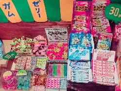 駄菓子コーナーでお子様もニコニコ笑顔!(^^)!