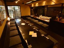 料理を召し上がっていただくための 温もりに満ちた食空間
