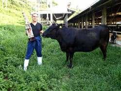 地産地消、六甲山のふもとで育った牛を提供中