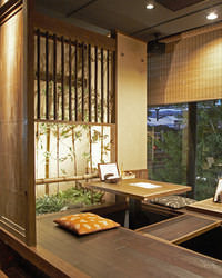 お座敷はからは大阪城が見えます♪ 3階なので開放感◎