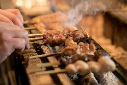 こだわりの紀州備長炭で焼き上げる自慢の串焼き。