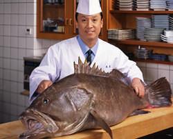 「幻の魚」クエと店主です。