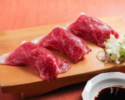 これを食べなきゃ帰れない!炙り肉肉寿司