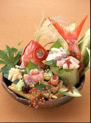 嬉らく人では全国各地から新鮮なお魚も入荷しております。