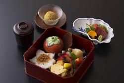 朝採れの京野菜をふんだんに使ったお料理。