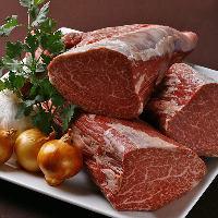 黒毛和牛は全国からその時季に最も美味な銘柄和牛を厳選