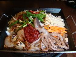 豊富な魚介類からの香ばしい匂いがたまらない!「海鮮焼き」!