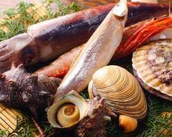 北海道産のホタテや大アサリ、エビ等海鮮食べるなら海ほたるへ!