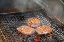 肉のプロがいちばん美味しい焼き方・焼き加減でお客様に提供