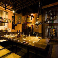趣のある空間はご宴会や接待に最適。個室もご用意しております