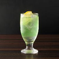 冷えたビールに焼肉は最高! 樽生の美味しさを堪能