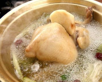 タッカンマリ鍋 鶏一匹屋 心斎橋本店
