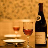 寛ぎの個室空間で絶品肉料理&銘酒の数々をお楽しみください♪