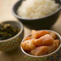 ランチタイムにもぜひ!明太子&高菜がお好きなだけ食べられます