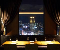 地上112mの夜景を望む宴会個室は20名様〜貸切/最大100名様