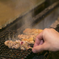 〈京都の地鶏〉 一本一本丁寧に焼き上げる串揚げをご賞味あれ