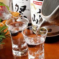 日本酒は海鮮料理に合うものだけを全国各地から厳選しました
