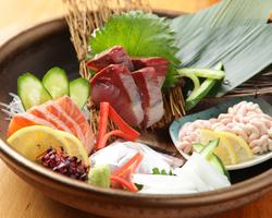 ■お料理■ 新鮮な魚介類を使ったお造りを是非ご賞味下さい。