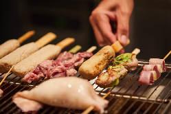 室蘭焼き鳥、ラム串、流氷ししゃもなど当店ならではの料理が豊富